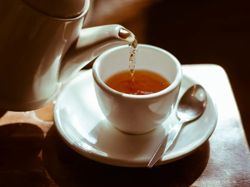 दिमाग के लिए अच्छा है चाय पीना, बढ़ती उम्र की वजह से होने वाले क्षय से करता है बचाव