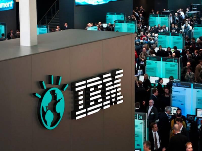 कूल और ट्रेंडी दिखने के लिए आईबीएम ने एक लाख पुराने कर्मचारियों को निकाला