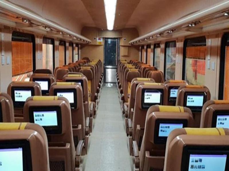 Tejas Train: तेजस ट्रेन में मिलेगी मुसाफिरों को यह खास सुविधा, करना होगा यह काम