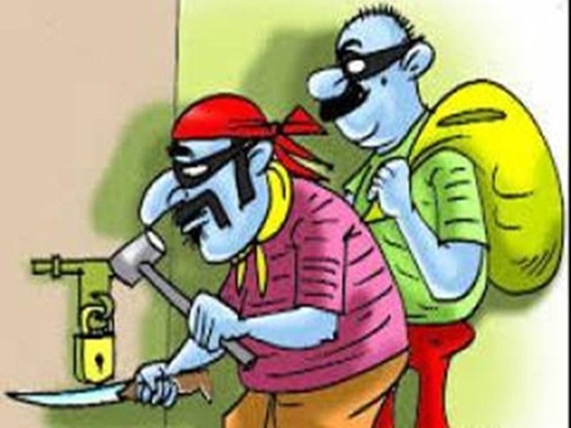 आयकर अधिकारी के घर हुई चोरी की वारदात, न नकदी बची न जेवरात