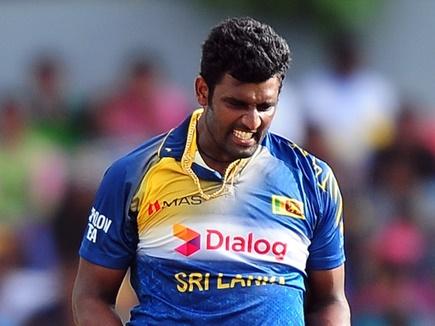 श्रीलंकाई कप्तान परेरा के नाम दर्ज हुआ शर्मनाक रिकॉर्ड