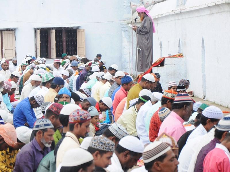 तीन तलाक के फैसले पर फिर से निर्णय लेना चाहिए : मौलाना सरफुद्दीन