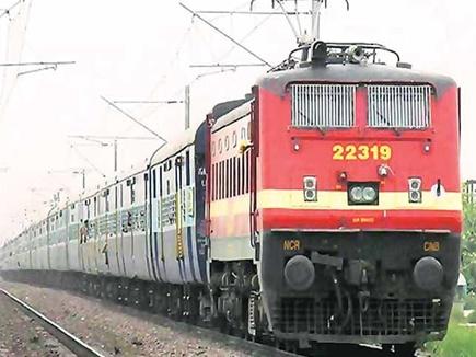 दीपावली के लिए अभी से ट्रेनें फुल, नहीं मिल रहा कन्फर्म टिकट, वेटिंग 300 के पार