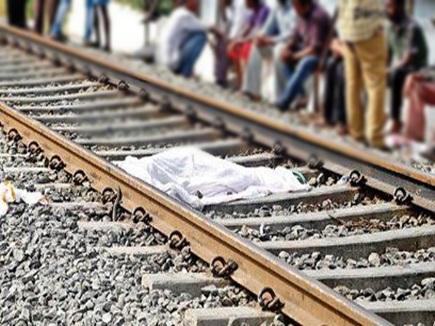 चलती ट्रेन में चढ़ने की कोशिश, कंबल ने मौत के मुंह में पहुंचा दिया
