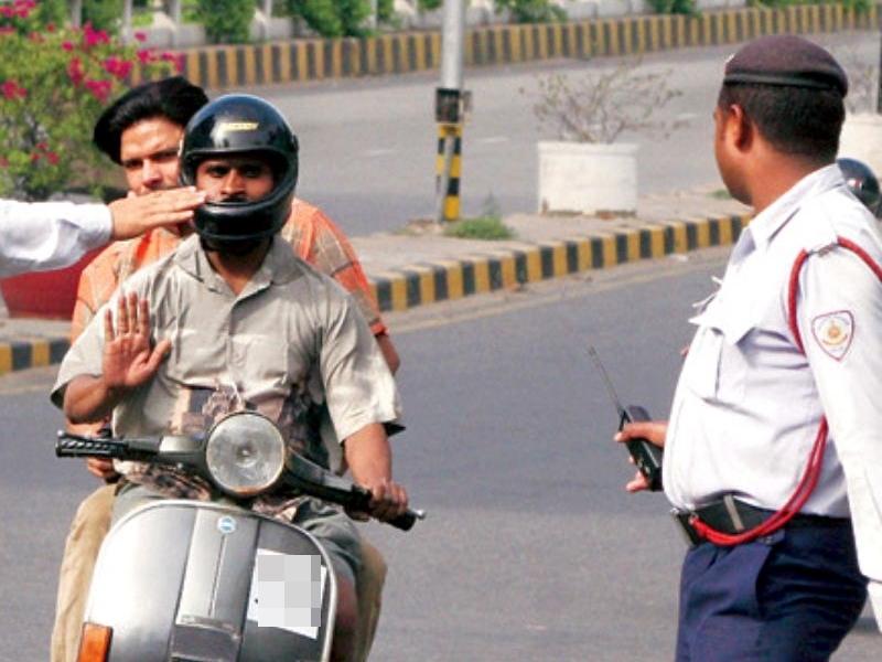 New Traffic Rules: ये हैं नए ट्रैफिक नियम, जानिए अब कहां कितना जुर्माना लगेगा
