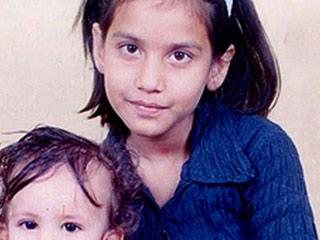 सुनामी में लापता बेटी को आज भी तलाश रहा पिता