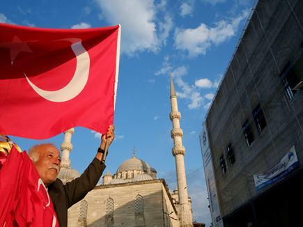 सीरिया हमला : तुर्की ने कहा, हम किसी खेमे में नहीं
