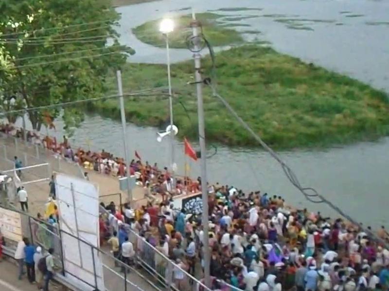 Sarvpitri Amavasya 2019 : उज्जैन में घाट पर जाने से रोक, फव्वारों में स्नान करेंगे श्रद्धालु