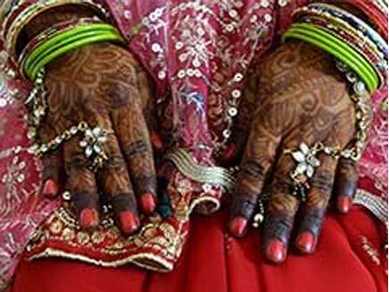लड़कियां बेचने के लिए 55 की उम्र में 50 शादियां