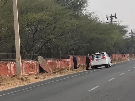 मोदी के स्वच्छता  अभियान को  राजस्थान के स्वास्थ्य मंत्री  ने लगाया  प