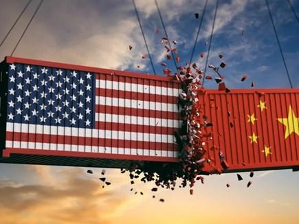 वार्ता के बीच ही अमेरिका-चीन ने परस्पर उत्पादों पर शुल्क बढ़ाया