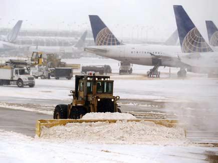 अमेरिका में भारी बर्फबारी, तापमान -51 डिग्री