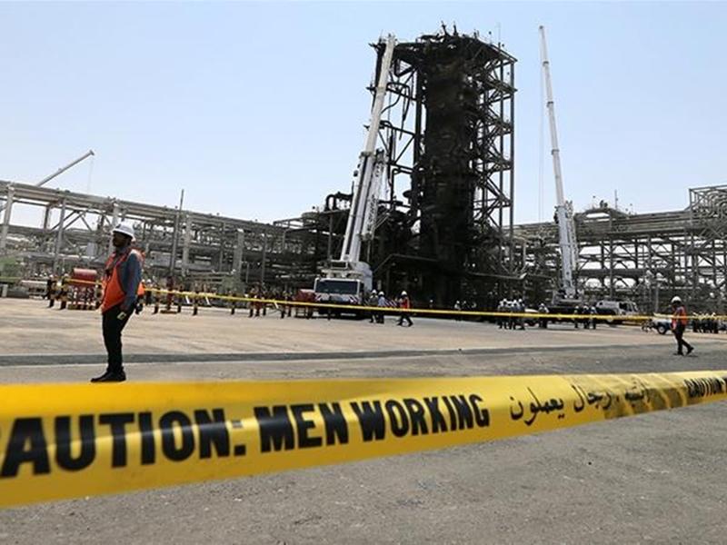US Iran Tension: अमेरिका ने की ईरान के खिलाफ सबसे कड़े प्रतिबंधों की घोषणा