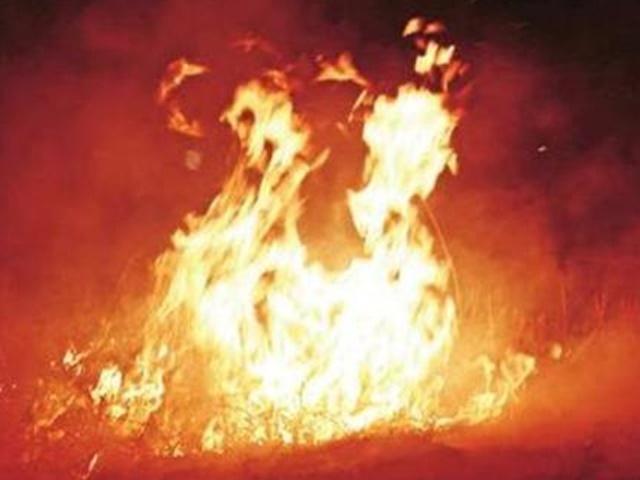 उप्र के आजमगढ़ में पटाखे की दुकान में आग से सात की मौत, 18 झुलसे