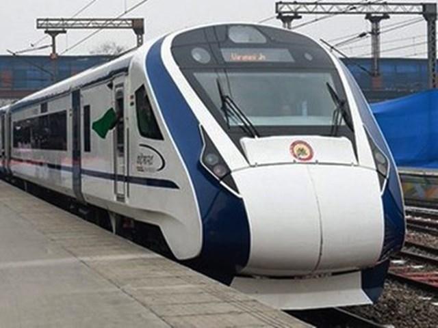 Vande bharat express: इंदौर-भोपाल रूट पर चल सकती है वंदे भारत ट्रेन