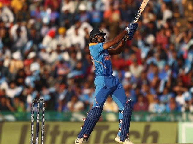 ICC World Cup 2019 : विजय शंकर को चौथे क्रम पर उतार कर चौंका सकता है टीम प्रबंधन
