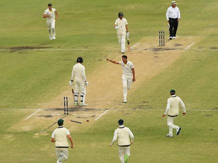 गेंदबाजों के दमदार प्रदर्शन से ऑस्ट्रेलिया एशेज सीरीज जीतने के करीब