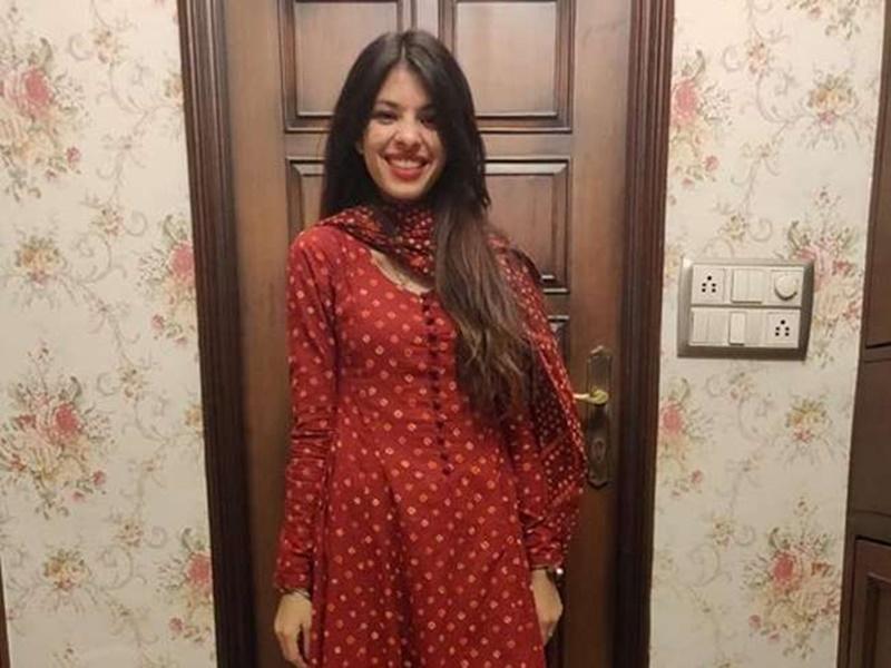 Fashion Designer Vrashti: लापता फैशन डिजाइनर वृष्टि को उसके मित्र शिवम के साथ उत्तर प्रदेश से पकड़ा