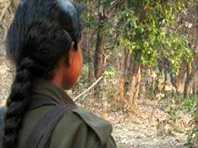Surrendered female naxalites : जिन हाथों में गरजती थी बंदूक, अब बन गई स्वावलंबन की मिसाल