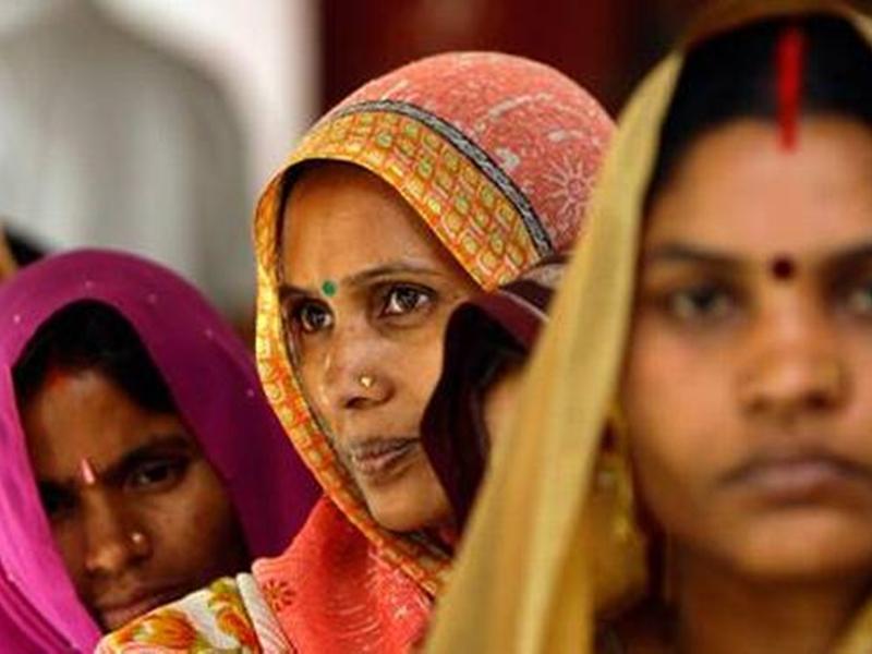 Elections in India: भारत के पहले चुनाव में काट दिए गए थे 28 लाख महिलाओं के नाम