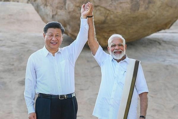 आलेख : भारत-चीन दोस्ती का नया दौर - संजय गुप्त