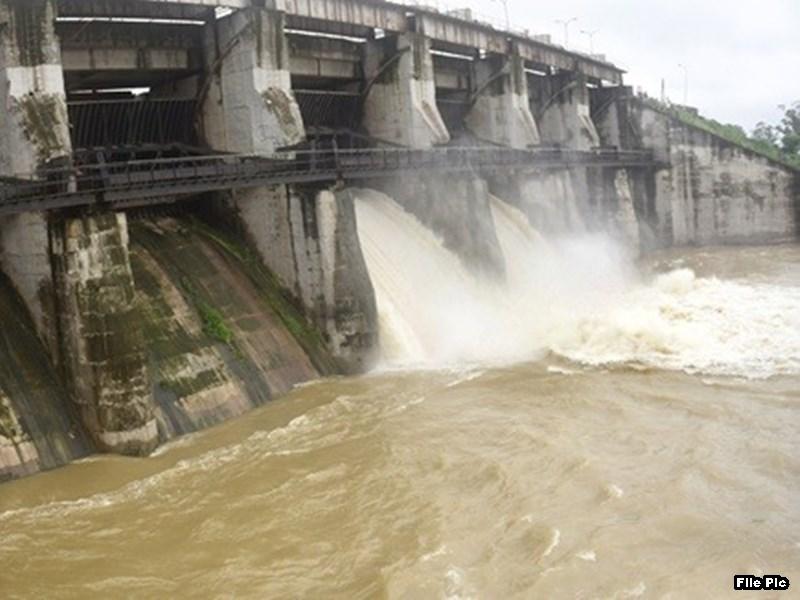 Rain in Indore : लगातार बारिश से इंदौर में फिर खोलना पड़ा यशवंत सागर का गेट