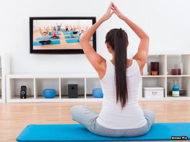 Danger Yoga : यू-ट्यूब व टीवी देखकर योग करना पड़ सकता है महंगा