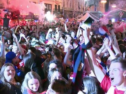 FIFA World Cup : क्रोएशिया की ऐतिहासिक जीत के बाद जश्न में डूबा जगरेब